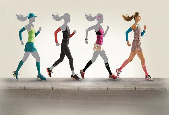 Mulheres praticando exercício utilizando roupas para correr adequadas 035ea6452edfc