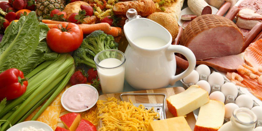 Alimentos que podem ser usados nutrição esportiva sendo essenciais do grupo de corrida.