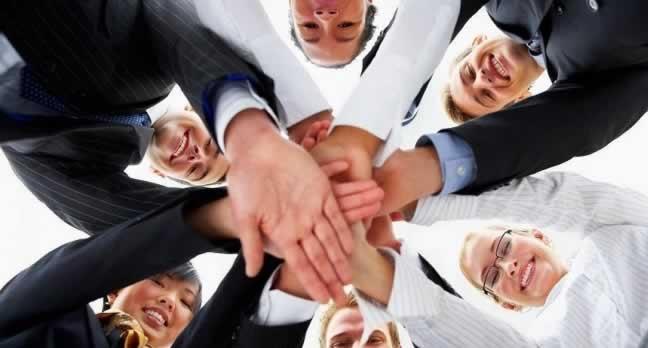 Estimule a interação entre colaboradores com o endomarketing
